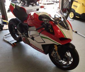 Ducati Panigale V4s-1